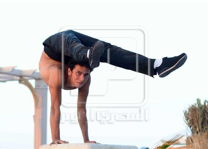 حسن مشالي، لاعب الأكروبات ببورسعيد