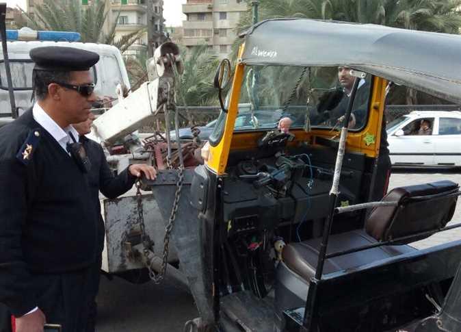 حملات أمن القاهرة لمواجهة انتشار التوك توك - صورة أرشيفية