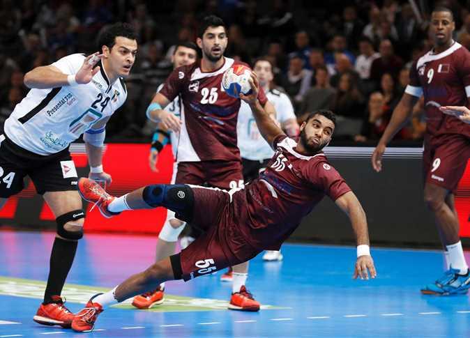 مباريات الجولة الأولى من بطولة كأس العالم لكرة اليد، بين منتخبى مصر وقطر، بفرنسا، 13 يناير 2017. - صورة أرشيفية