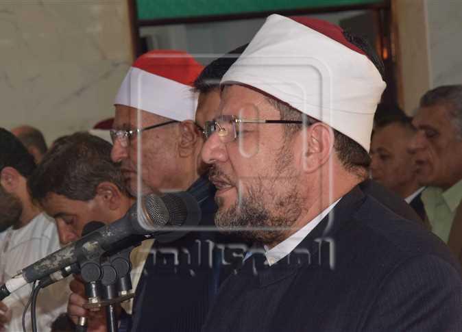 الدكتور أحمد الشعراوي وزير الأوقاف يفتتح مسجد «علي إبراهيم» في الدقهلية، 19 مايو 2017. - صورة أرشيفية