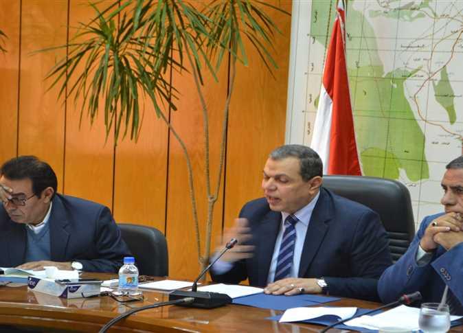 اجتماع وزير القوى العاملة مع ممثلي العمال وأصحاب الأعمال