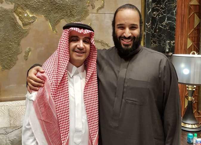 الأمير محمد بن سلمان ولي العهد السعودي مع وليد الإبراهيم مالك مجموعة قنوات «إم بي سي»