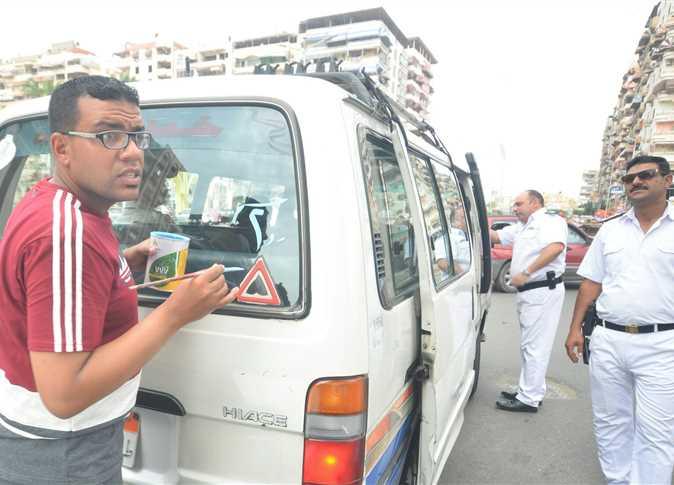 تطبيق تعريفة المواصلات الجديدة في بورسعيد بعد رفع أسعار الوقود - صورة أرشيفية