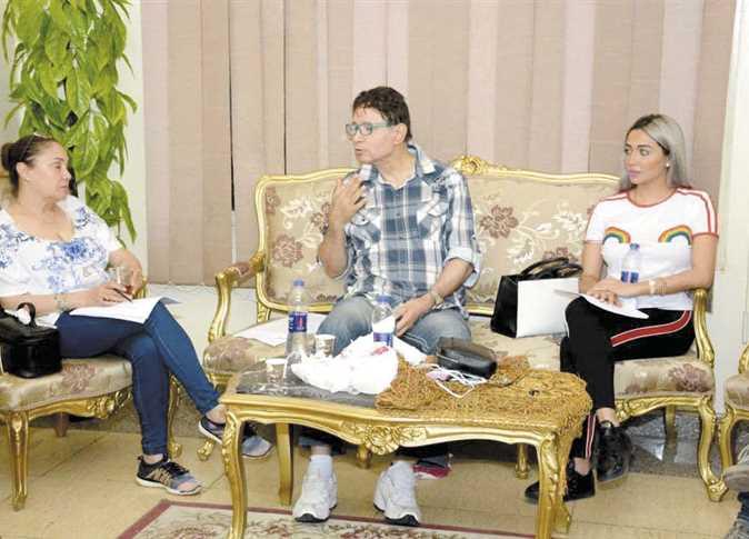 إيمان وشيرين أثناء بروفات القراءة