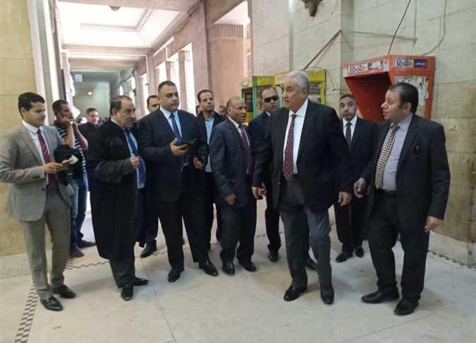 محاكمة مرسي والزيات فى «إهانة القضاء»