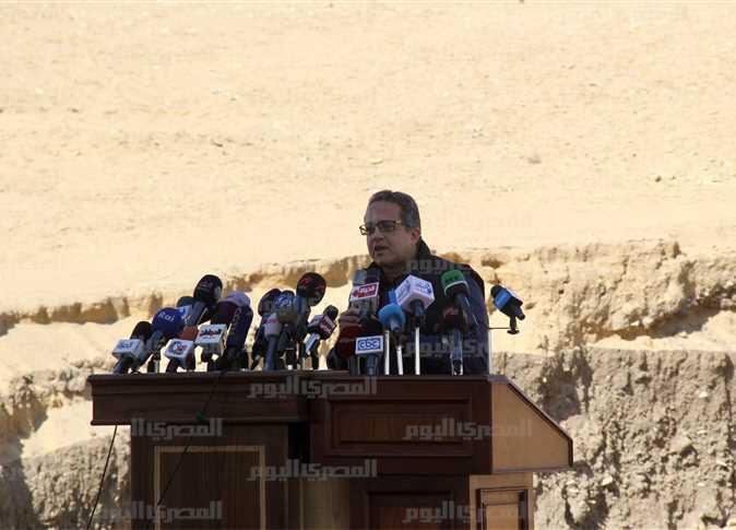 وزير الآثار خالد العناني  - صورة أرشيفية