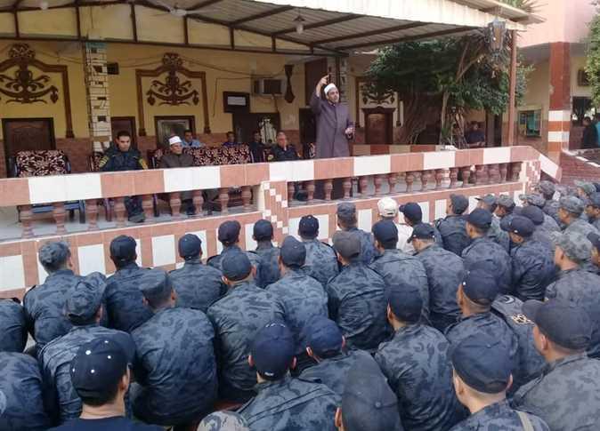 ندوة وأمسية في معسكرات الأمن المركزي والسجون ومراكز الشباب والنوادي