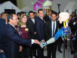 مشاركة السيسي في معرض القاهرة الدولي للاتصالات وتكنولوجيا المعلومات، 27 نوفمبر 2016. - صورة أرشيفية