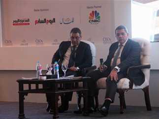 وزير المالية يشارك في افتتاح المؤتمر الثالث للرؤساء التنفيذيين، بمشاركة عدد من المستثمرين، 28 نوفمبر 2016.