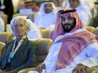 ولي العهد السعودي الأمير محمد بن سلمان يعلن إطلاق مشروع «نيوم» الاقتصادي الذي يمتد عبر مصر والأردن خلال مؤتمر مبادرة الاستثمار المستقبلي بالرياض