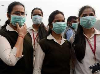 سحابة كثيفة من الأدخنة السامة غطت سماء المدن الكبرى في الهند وباكستان