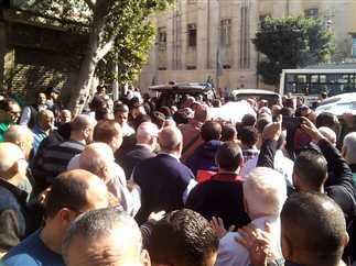 جنازة الفنان عادل أمين بالإسكندرية