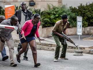 تفجير وهجوم مسلح على فندق ومجمع مكاتب «دوسيت دي 2» في العاصمة الكينية نيروبي، والذي تبنته جماعة الشباب الصومالية