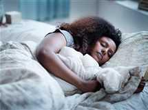 إذا كنت تنام في إضاءة خفيفة عليك التوقف عن هذه العادة فوراً   - صورة أرشيفية