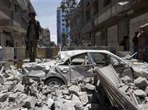 مقتل 6 أشخاص وإصابة 30 آخرين جراء غارتين شنتهما مقاتلات التحالف العربي، واستهدفتا وزارتي الدفاع والداخلية وسط العاصمة صنعاء