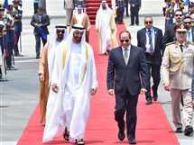 السيسي يستقبل سمو الشيخ محمد بن زايد ولي عهد أبو ظبي في مطار القاهرة الدولي