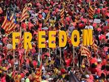 مظاهرة لدعم استقلال إقليم كتالونيا عن إسبانيا في مدينة برشلونة بمناسبة اليوم الوطني لكتالونيا