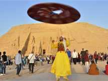 ظاهرة تعامد الشمس على وجه الملك رمسيس الثانى بمعبد أبو سمبل جنوب أسوان، وسط حضور جماهيرى كبير من أهالى أبوسمبل وأسوان.