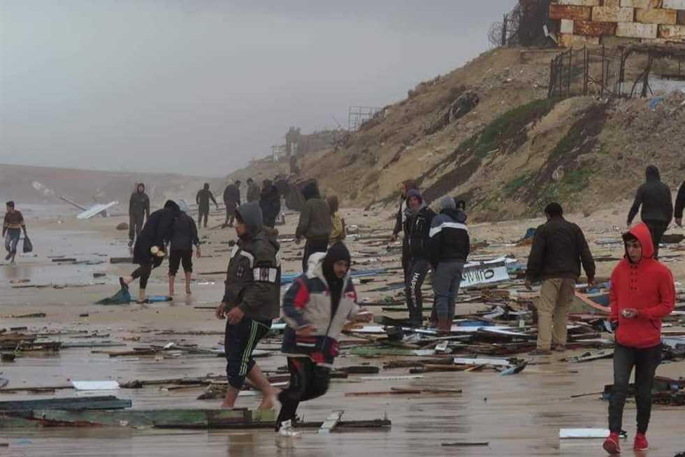 نائب يطالب الحكومة بالتدخل لإعادة صياد مصري محتجز بإسرائيل