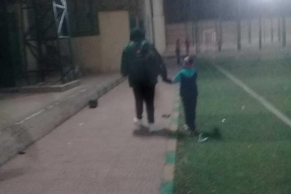 «فريق أطفال بلا مأوى» ينقذ طفلًا بمحافظة القليوبية وينقله لمؤسسة الحرية